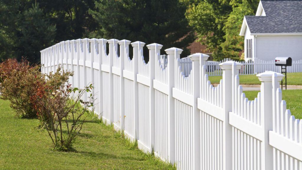 Fence contractor in The Woodlands